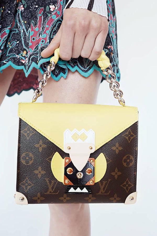 hbz-lv-resort-accessories-02-sm