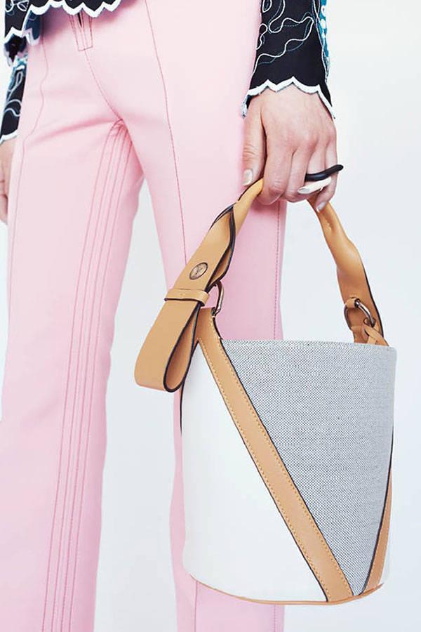 hbz-lv-resort-accessories-03-sm