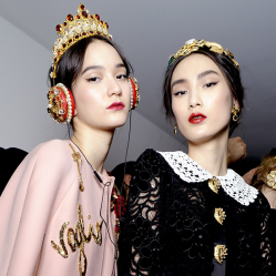 DolceGabbana.Headphones_FRENDS.12