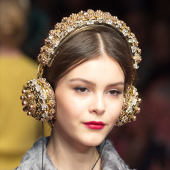 DolceGabbana.Headphones_FRENDS.16