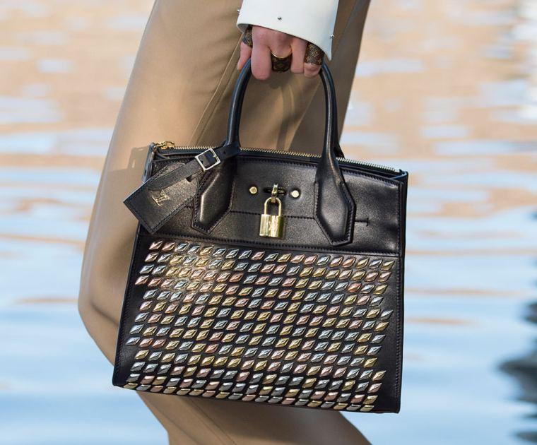 Louis-Vuitton-Cruise-2016-Bags-16